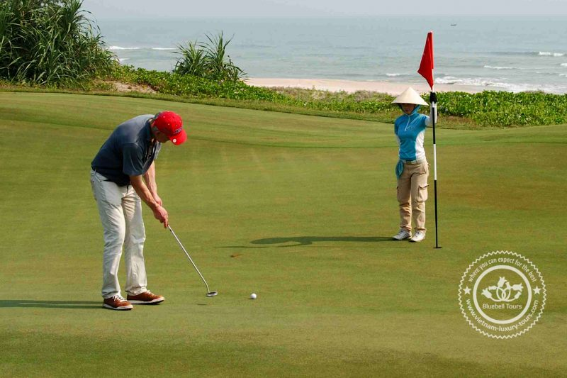 play golf in da nang